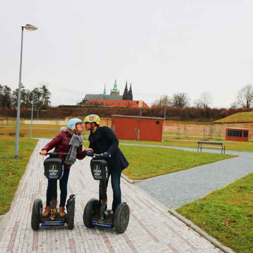 Romantic segway tour to the Prague Castle